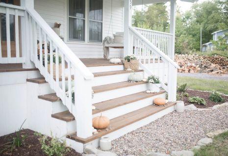 Gorgeous Farmhouse Front Porch Ideas 119