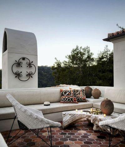 Gorgeous Modern Mediterranean Homes 11