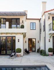 Gorgeous Modern Mediterranean Homes 123