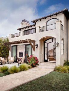 Gorgeous Modern Mediterranean Homes 128