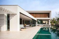 Gorgeous Modern Mediterranean Homes 129