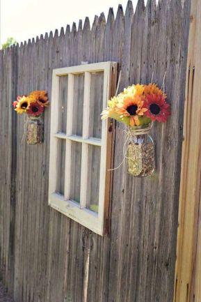 Backyard Fence Decorations