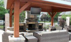 Backyard Living Space Design Ideas 16