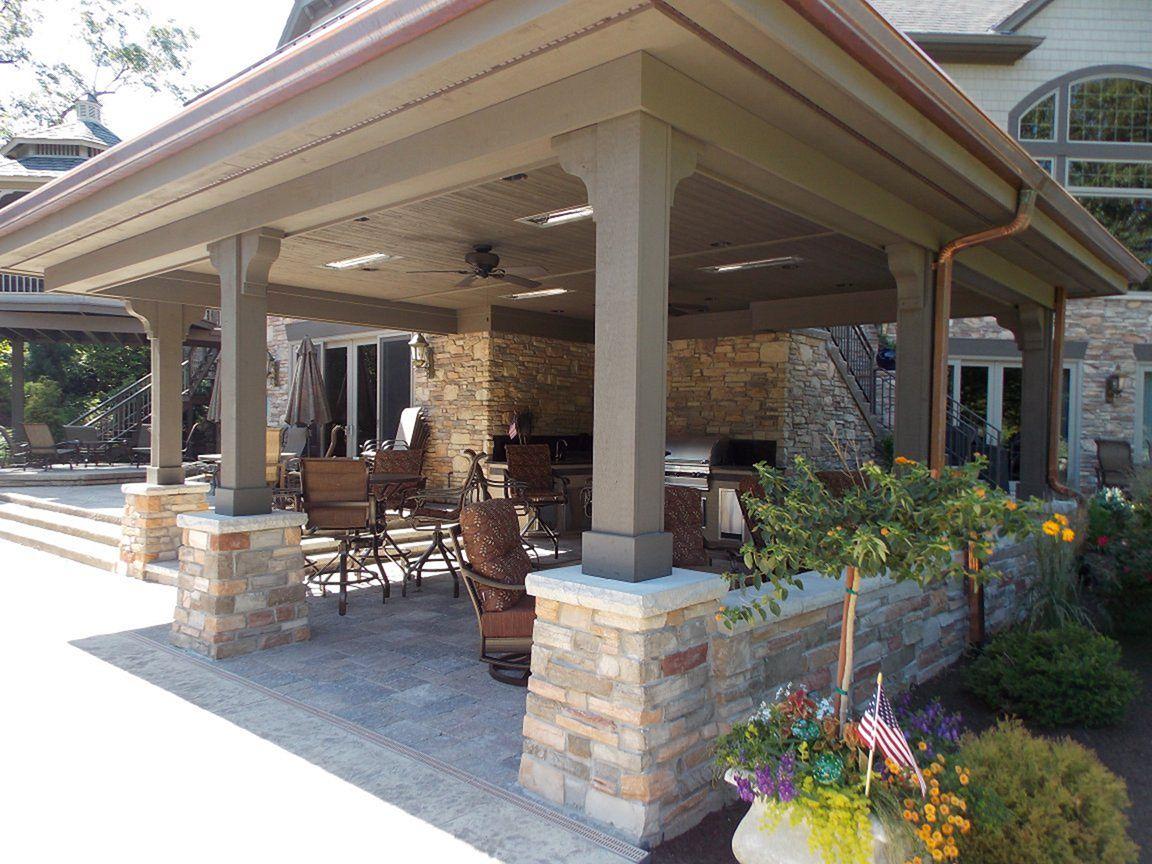 Backyard Living Space Design Ideas 19