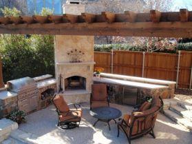 Backyard Living Space Design Ideas 6
