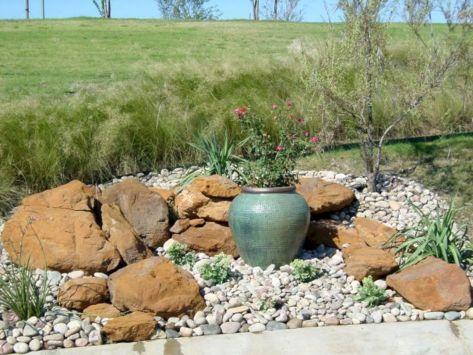 Gorgeous Rock Garden Ideas 2