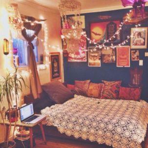 Romantic Vintage Bohemian Bedroom 13