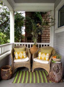 Tiny Front Porch Decorating Ideas 113