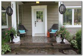 Tiny Front Porch Decorating Ideas 18