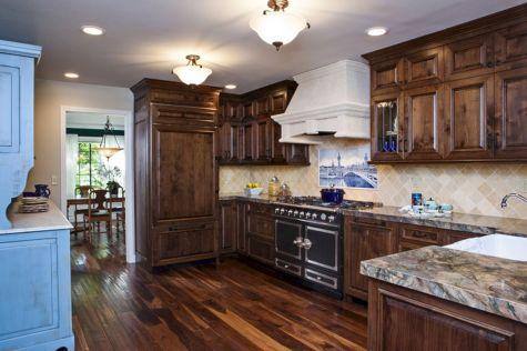 Coastal Farmhouse Kitchen Design 18