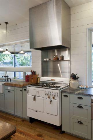 Coastal Farmhouse Kitchen Design 24
