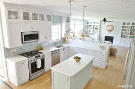 Coastal Farmhouse Kitchen Design 4