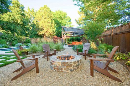 Gravel Backyard Design Ideas 9