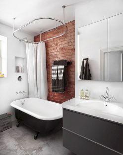 Industrial Small Bathroom Design 2