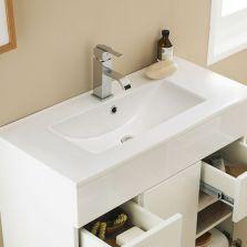 Minimalist Bathroom Vanity 20