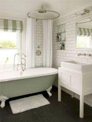 Chic Bathroom Ideas 17