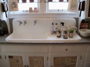 Farmhouse Sinks Design For Kitchen 32