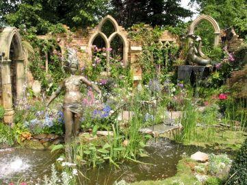 Goth Garden Ideas 14