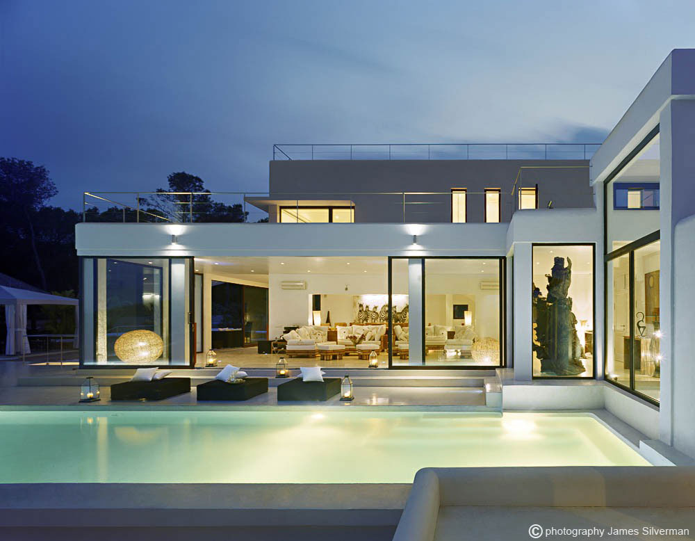 Rustic And Modern Design Elements: Exceptional Villa In Ibiza