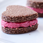 Raw Cookie Sandwiches - 100 Paleo Valentine's Day Recipes (breakfast, drinks, appetizers, entrées and desserts!) | GrokGrub.com