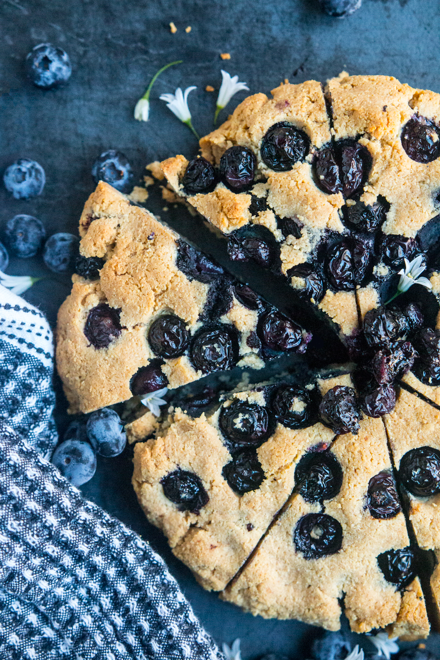 How to snack like a low-carb pro? Meet these Almond Blueberry Scones, made with nuts and eggs, plus the best-tasting ghee and stevia!