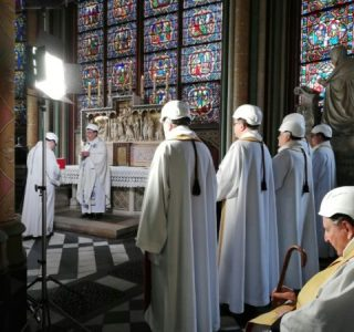 Paris's Notre-dame Holds First Mass Since Fire Outbreak