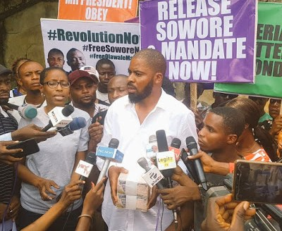 BREAKING!!! Popular Activist Offered ₦1m Bribe To Stop Sowore Protests(VIDEO)