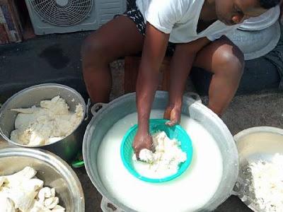 processing of akpufufu recipe step 5 photo