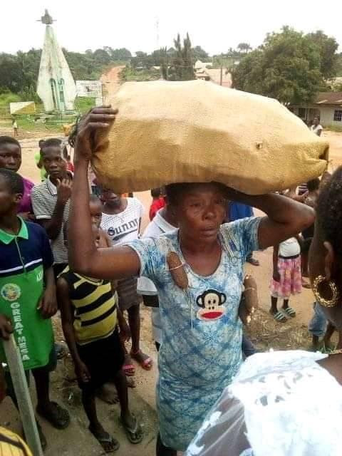 Residents Parade Lady For Stealing Cassava In Abia (Photos)