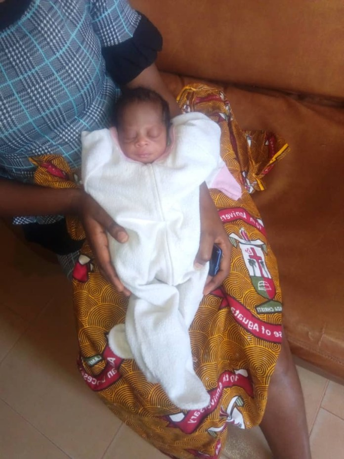 Police Rescue Abandoned Day-Old Baby In Anambra (Photos)