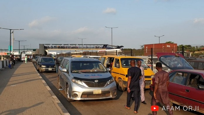 #EndSARS: Lagos-Ibadan Expressway Totally Lockdown By Protesters (Pics, Video)