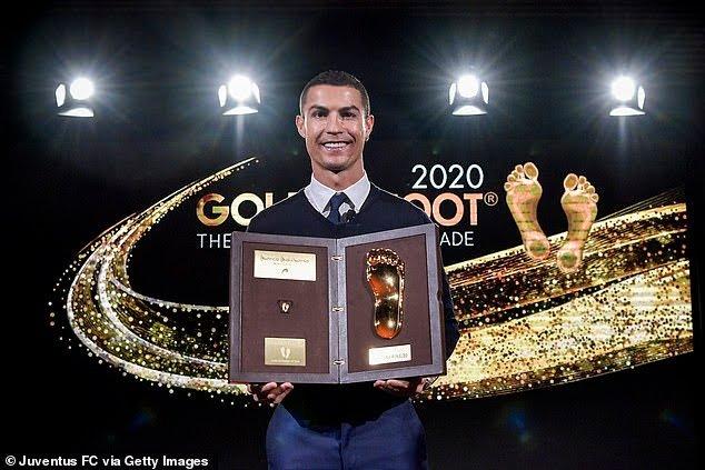 37100132 9090863 Juventus striker Cristiano Ronaldo above has been awarded the Go a 18 1609088278893