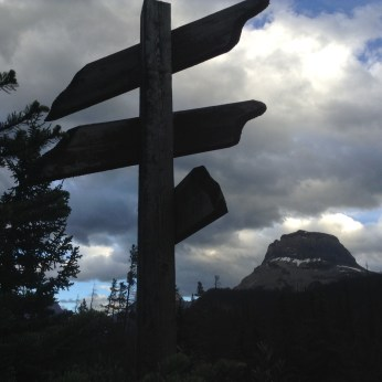 A signpost that points out other significant peaks in Yoho National Park with Cathedral Mountain looming in the background. Photography by Freshscribe