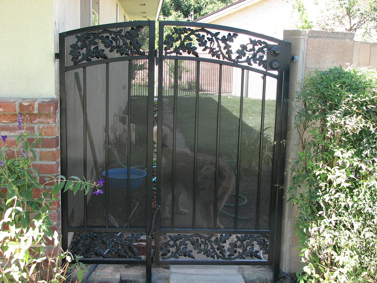 The 13 Inspiring Front Yard Gates Djenne Homes