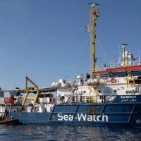 Sea-Eye, Sea-Watch und SOS Méditerranée fordern, dass Italien blockierte Schlepperschiffe freigibt!