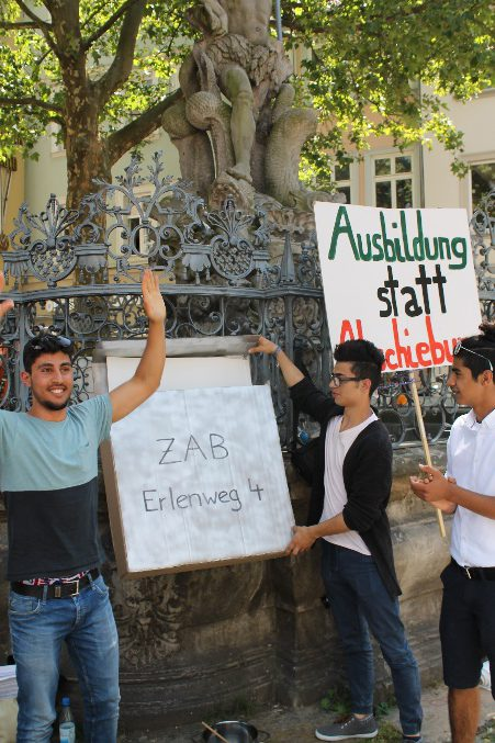 Die symbolische Briefversendung an die ZAB