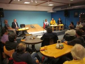 Fünf Kandidaten nahmen an der Podiumsdiskussion zur Landtagswahl im Lui20 teil.