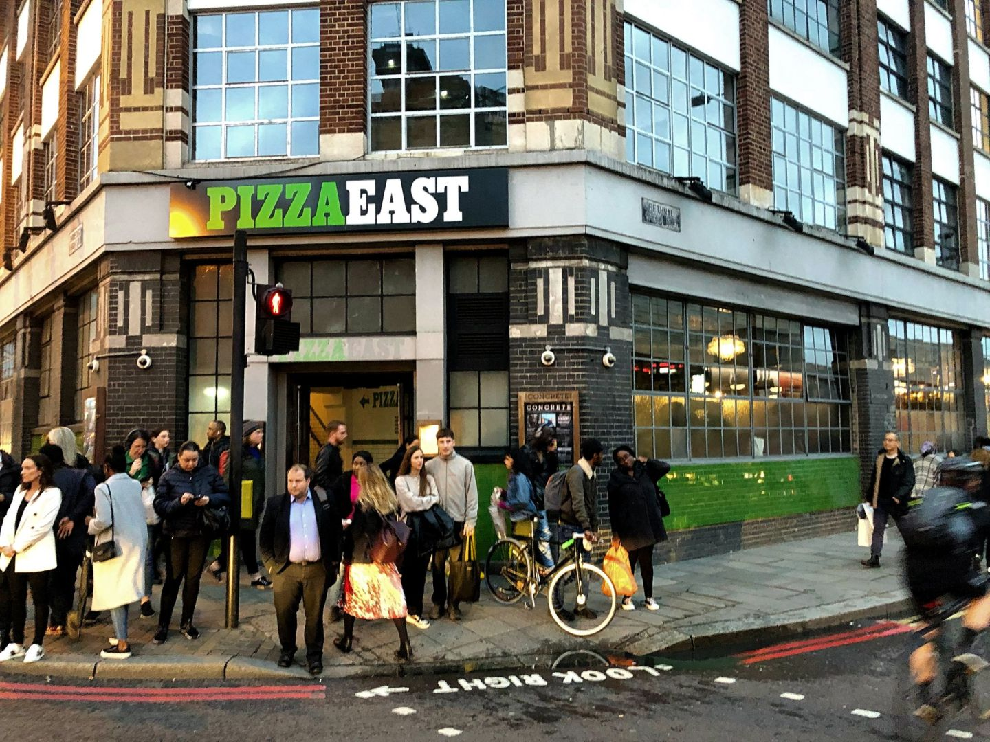 Review: Pizza at Pizza East, Shoreditch | FOOD | FREYA WILCOX