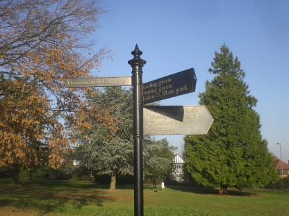 FINGERPOST 13 NOV 2011 (David Berguer)