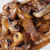 ღორის ხორცი სოკოთი სოიოს სოუსით