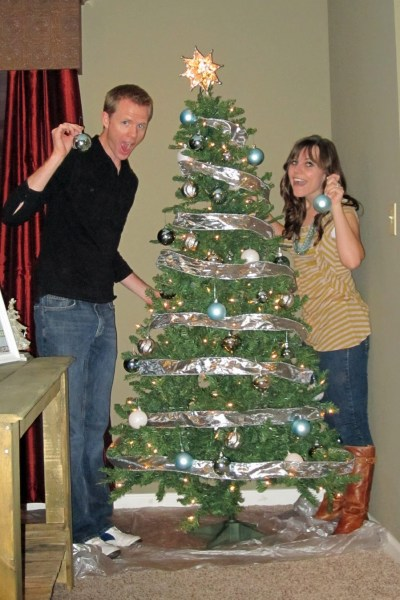 Decorating your first Christmas Tree together date