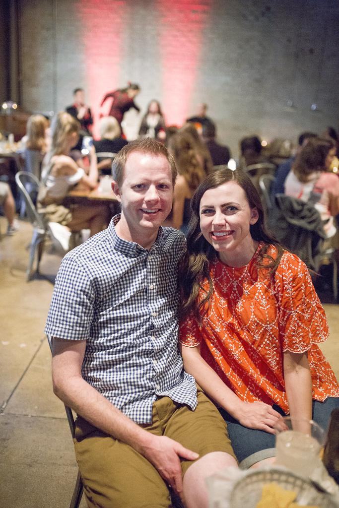 Creative Date Idea: Live Flamenco Show- such a fun free date you'll both love!