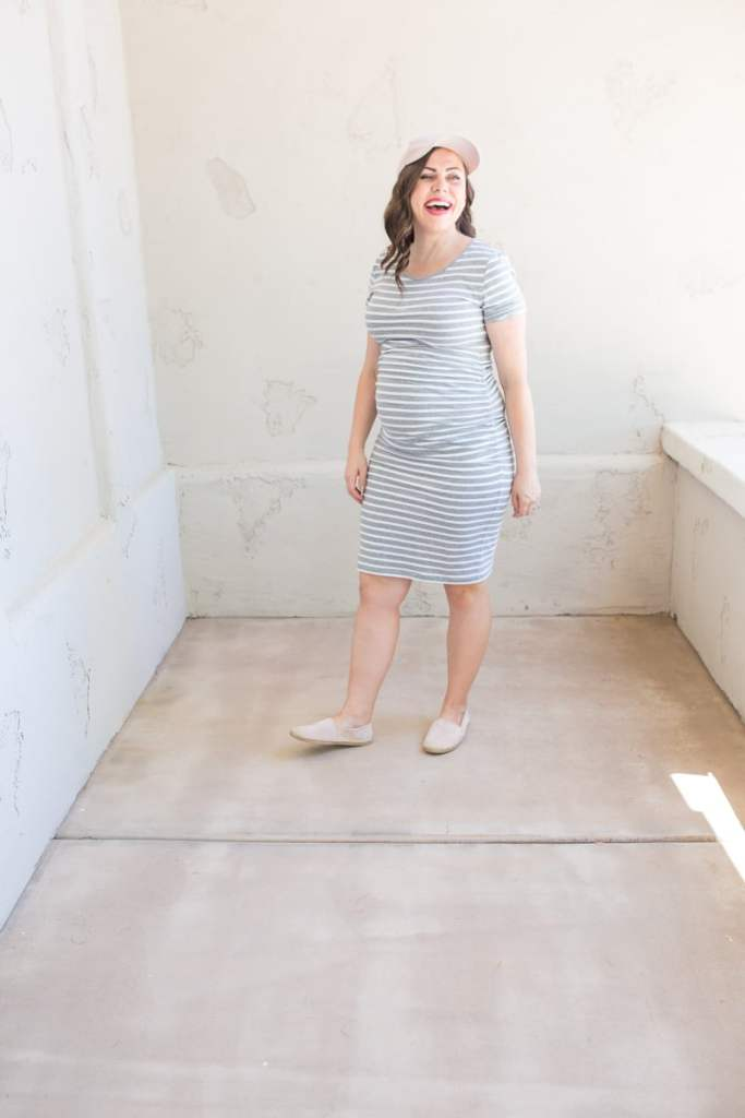 Styling maternity outfits