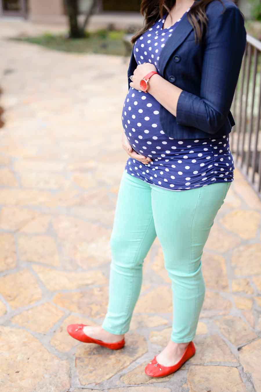 09313637fe269 The Best Places to Buy Cute Maternity Clothes at All Price Points