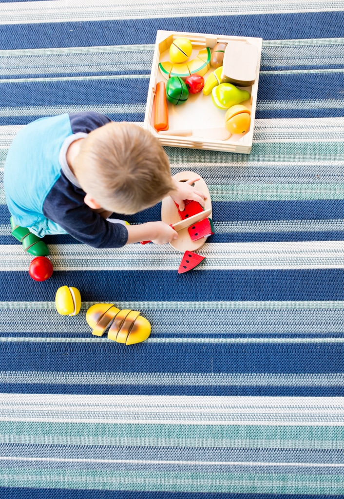 Our roundup of the best toddler toys that kids play with and love! Plus the cheapest and easiest ways to find and buy them to make toys for toddler easy!