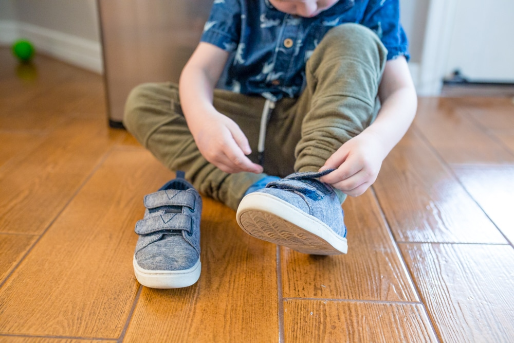 Self sufficient kids: 10 ways to raise them