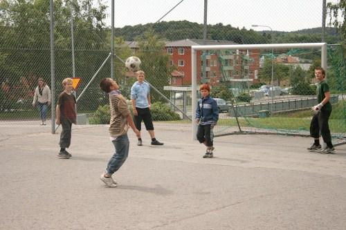 Valdagsfotboll
