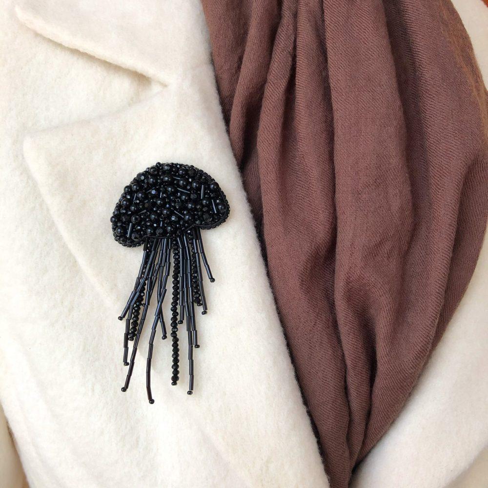 брошь брошка украшение черная медуза