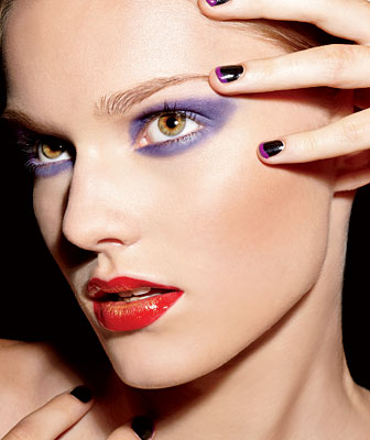 F201009-Beauty-Makeup-Violet-Red