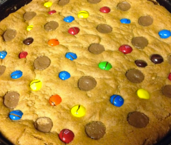 Peanut Butter Lovers Cookie Pie Recipe